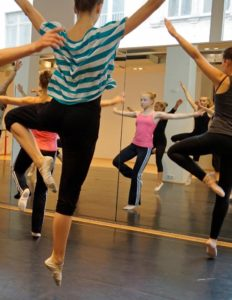 01_FMT_Ballett_training