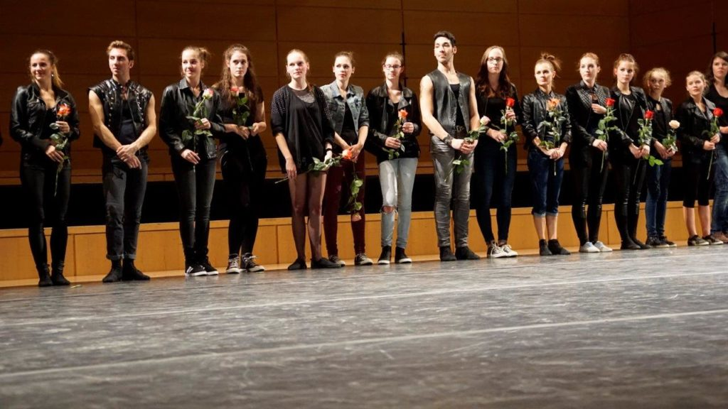06_FMT_Ballett_nimmt_Dank_entgegen
